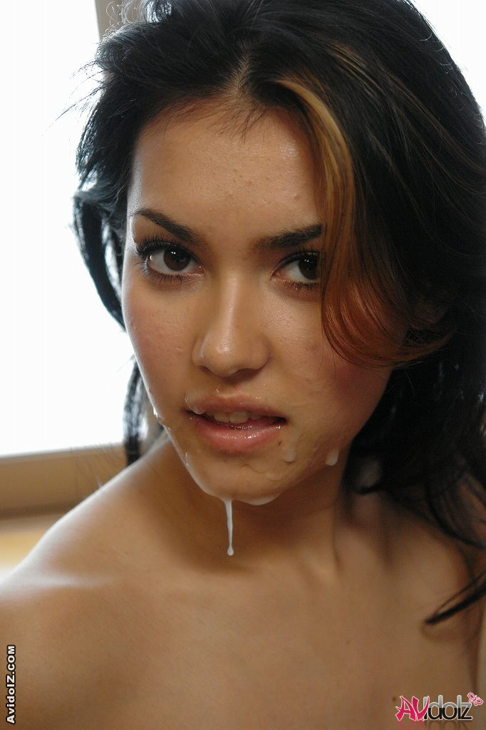 Maria Ozawa sucking cock