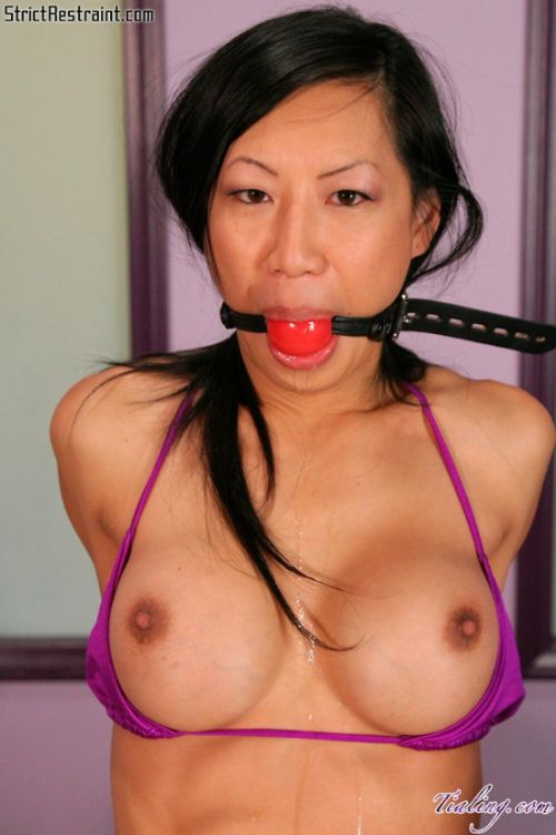 Tia Ling Submissive Asian