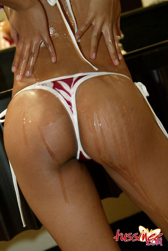 Oiled ass Thai Tussinee